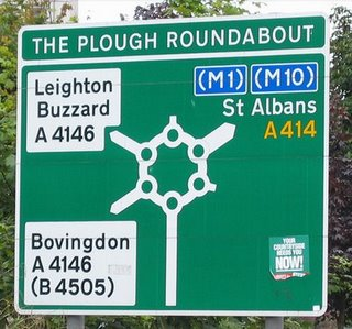 090415 magic roundabout hh sign