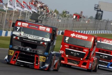 truck racing 04 2011 8 427x284